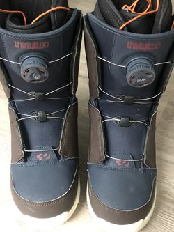 Thirtytwo Shifty Boa Snowboard Boots for Sale in Santa Monica,  CA