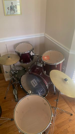 Full Remo Drum Set for Sale in Crofton, MD