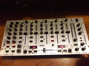 BEHRINGER Pro Mixer VMX 1000 for Sale in Gulfport, FL