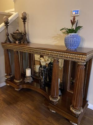 Side console table for Sale in Clackamas, OR