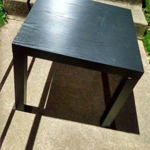 Light Weight End Table 20x20 for Sale in Alexandria, VA