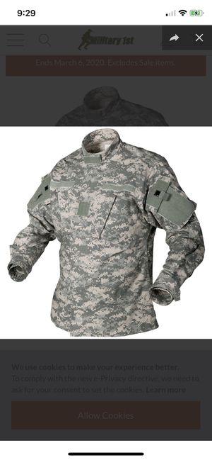 ARMY CAMO COMBAT UNIFORM SHIRT for Sale in Miramar, FL