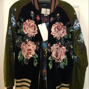 Gucci Jacket 🧥 🎁🎄🎁🎄🎁🎄🎁🎁 for Sale in Los Angeles, CA