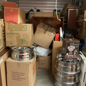 Storage. Everything Is Free Except Rims. for Sale in SeaTac, WA