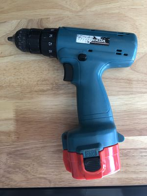 Makita 12V Cordless Power Drill for Sale in Chino Hills, CA