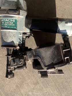 HITACHI NV45AB2 Roofing nailer for Sale in Houston,  TX