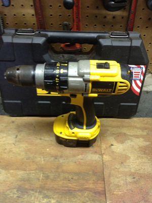 Dewalt 14.4 hammer drill kit for Sale in Columbus, OH