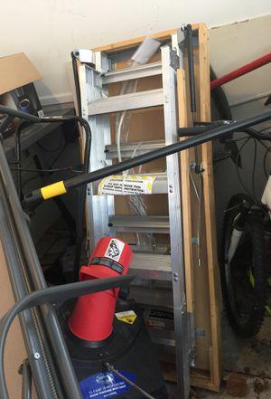 Louisville 10-12ft attic ladder for Sale in Dearborn Heights, MI