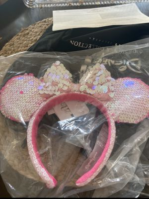 Minnie Mouse Ear Headband for Kids by Cupcakes and Cashmere SHIPPED TODAY ! for Sale in Woodridge, IL