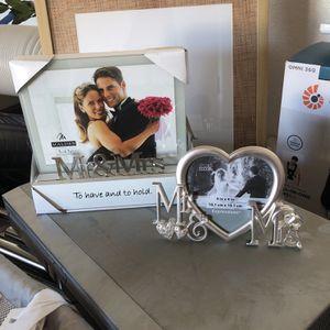 Mr & Mrs Wedding Frame for Sale in Menifee, CA