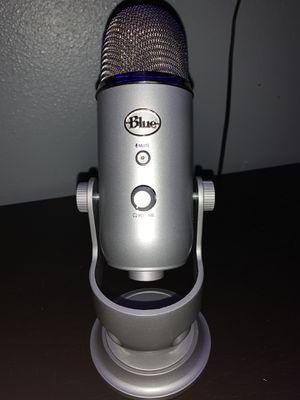 Blue yeti usb mic for Sale in East Wenatchee, WA