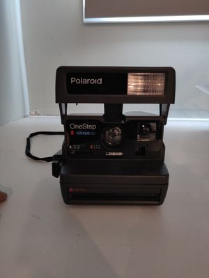 Polaroid OneStep Vintage Camera w/ 600 film Cartridge for Sale in Metuchen, NJ