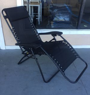 New Zero Gravity Chair, Black for Sale in Hopkins, SC