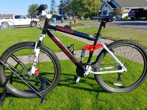 Full suspension disc brake mountain bike 27.5 tires for Sale in Buckley, WA