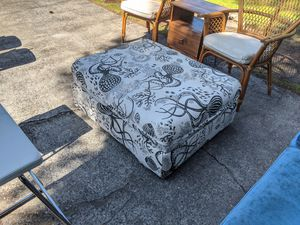Ottoman and pullout cot twin bed size vimley ikea for Sale in Tacoma, WA