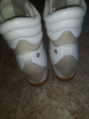 Reebok sporty high heel tennis shoe for Sale in Smyrna, GA
