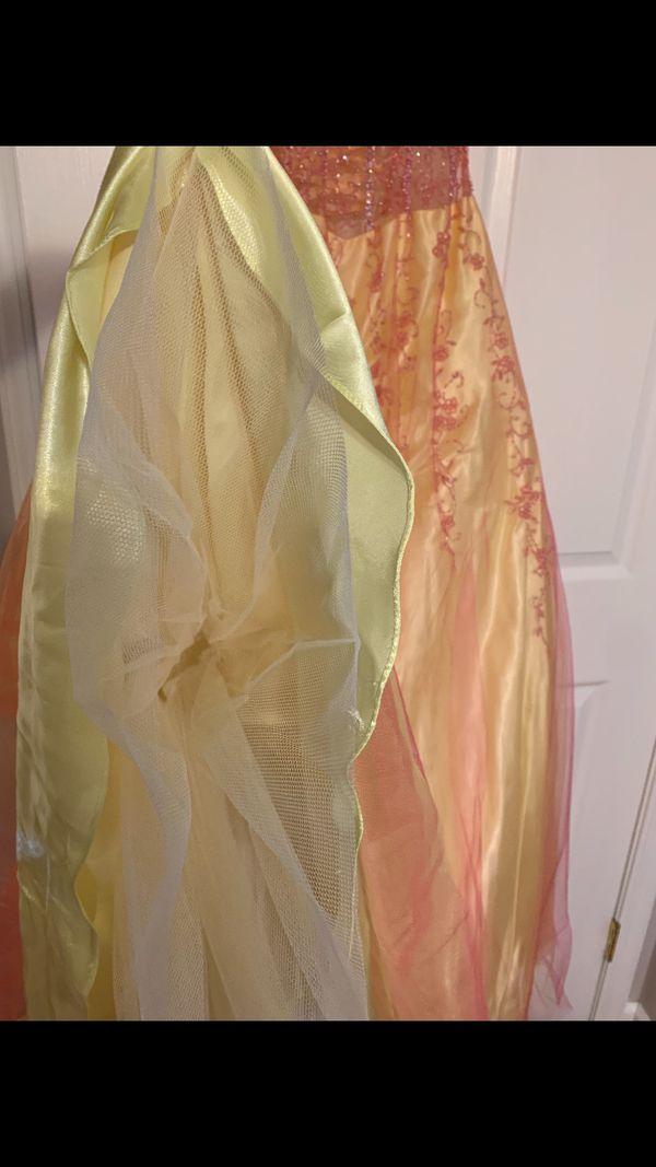 Formal Dress (Size 4)