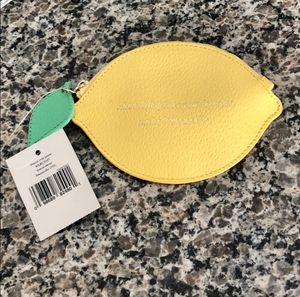 NWT! Kate Spade lemon coin purse for Sale in Dearborn, MI
