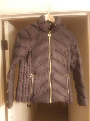 XS Michael Kors puffy coat for Sale in Everett, WA