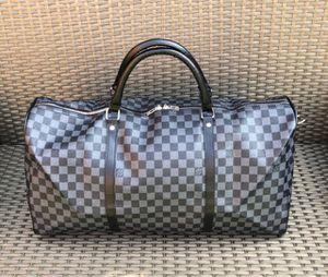 Duffel Bag for Sale in St. Petersburg, FL