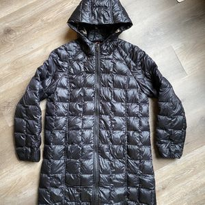 Women's Size Large Pendleton Woolen Mill Winter Puffer Jacket Coat Black for Sale in Bloomington, IL