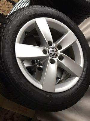 Michelin Defender tires 205/55/16 and rims for VW Jetta for Sale in Tacoma, WA