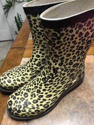 Rain boots size 6 meet up in NE SA for Sale in San Antonio, TX
