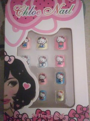 Set of 4 hello kitty fashion nails for Sale in Lakeland, FL
