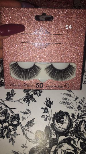 Eyelashes & beauty sponges for Sale in Bakersfield, CA