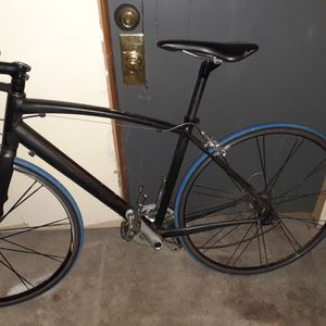 Specialized aluminum road bike for Sale in Chicago, IL