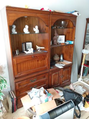Dresser with shelves and stuff for Sale in Hollywood, FL