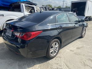 2014 Hyundai Sonata for Parts for Sale in Grand Prairie, TX