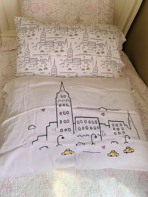 Kensie Home 2 standard pillow cases 100% cotton for Sale in San Diego, CA
