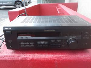 SONY STR-DE345 Stereo Receiver 19 years old and fresh from the farm for Sale in San Antonio, TX
