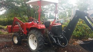 35 hp jinma 4x4 tractor for Sale in Puyallup, WA
