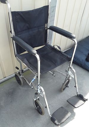 Transportation Wheel Chair with feet rest for Sale in Fresno, CA