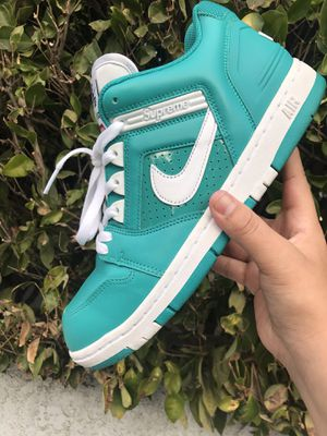 SUPREME AIRFORCE 2 for Sale in Los Angeles, CA