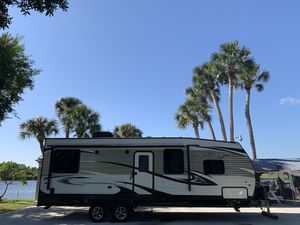 Jayco Octane Super Lite 273 Toy hauler travel trailer 2017 for Sale in Fort Myers, FL
