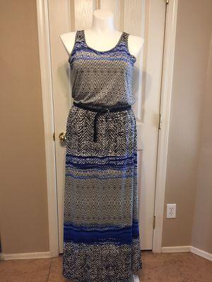 DRESS SIZE 13/14 🦋 for Sale in Maricopa, AZ
