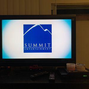 Insignia 32 Inch Flat Screen Tv for Sale in Santa Ana, CA