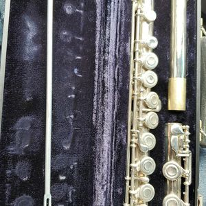 Artley Flute USA, Model 17-0 with Case. Preowned. #538455 Serial. for Sale in Lawrenceville, GA