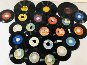 Mixed lot of 172 piece vinyl records for Sale in SUN VALLEY, CA