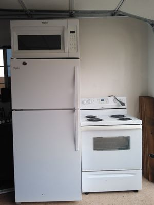 Whirlpool Kitchen Appliances Negotiable price(READ DESCRIPTION!) for Sale in Huntington Park, CA