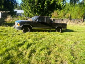 1997 chevy s10 parts for Sale in Arlington, WA