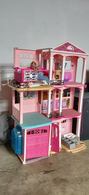 Doll house for Sale in Los Angeles, CA