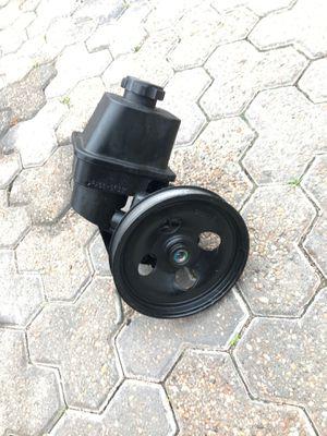 04 trailblazer power steering pump for Sale in Houston, TX