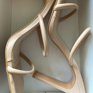 Brand New Nude Leather Heels Size 8 for Sale in Pompano Beach, FL