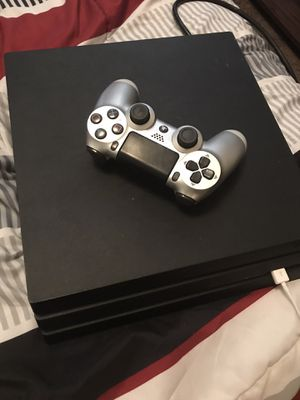 Ps4 Pro for Sale in Kissimmee, FL