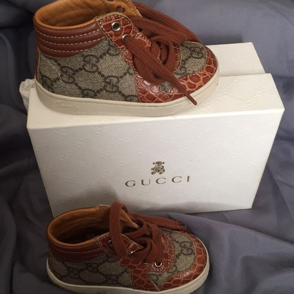 Toddler authentic Gucci sneakers