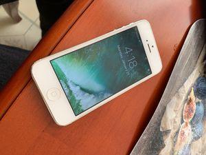 iPhone 5 CDMA 16GB A1429 for Sale in San Francisco, CA